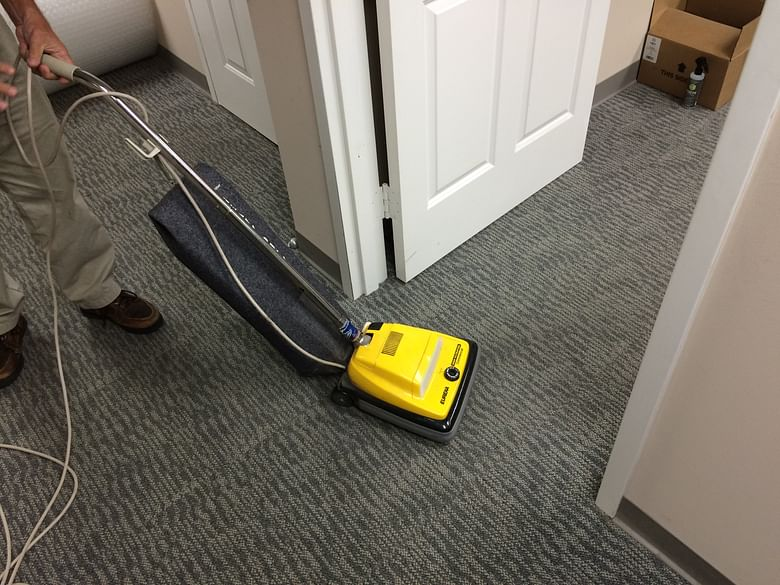 Wet Or Dry Carpet Cleaning Eco Interior Maintenance